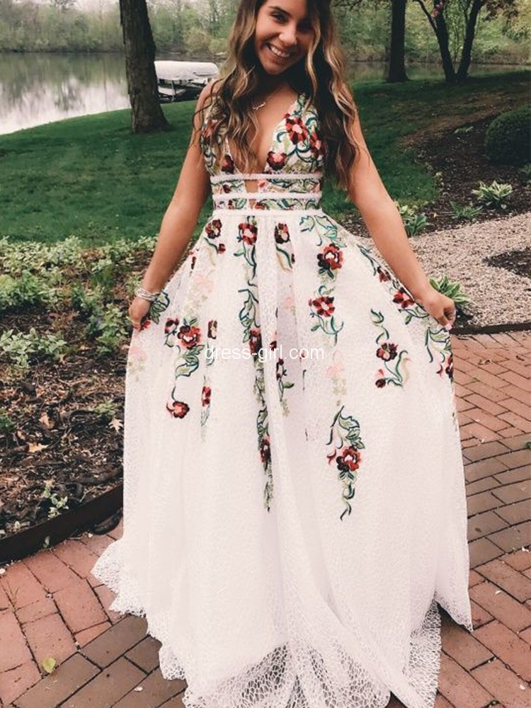 Modest A-Line V Neck Open Back White Lace Long Prom Dresses with Embroidery,Charming Pageant Dresses.jpg