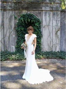 Classy Mermaid V-Neck Cap Sleeves Backless White Satin Wedding Dresses with Ruffles