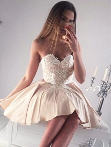 Sexy A Line Sweetheart Backless Champagne Satin Short Homecoming Dress With Applique