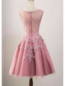 Elegant A Line Scoop Tulle and Satin Brush Knee Length Homecoming Dress with Applique, Short Prom Dress