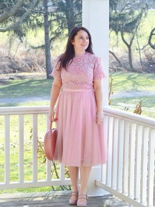 Elegant Sheath Round Neck Lace Pink Short Sleeves Below Knee Mother of the Bride Dress