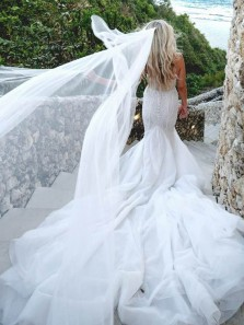 Luxurious Mermaid Sweetheart Open Back White Tulle Wedding Dresses with Beading