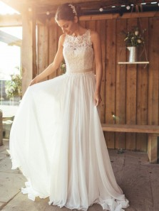 Elegant A-Line Round Neck White Chiffon Wedding Dresses with Lace,Beach Wedding Dresses