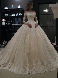 Luxurious Ball Gown Off the Shoulder Long Sleeves Ivory Lace Tulle Wedding Dresses with Train