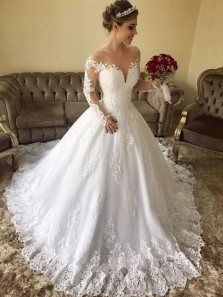 Elegant Ball Gown Round Neck Long Sleeve White Lace Wedding Dresses