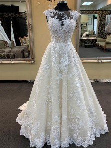 Vintage A-Line Round Neck Open Back White Lace Wedding Dresses