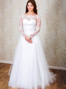 Classic Elegant A-line Long Sleeves White Lace Wedding Dress