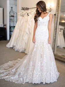 Classy Mermaid V Neck Open Back White Lace Wedding Dresses with Train