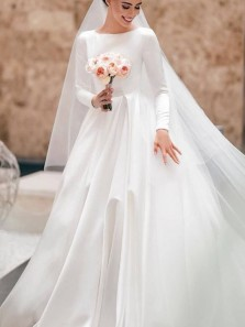 Vintage A-Line Boat Neck Long Sleeve Backless White Satin Wedding Dresses with Train