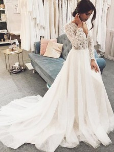 Gorgeous A-Line V Neck Long Sleeved Ivory Tulle Wedding Dresses with Lace