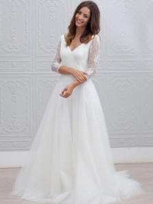 Simple A-Line V Neck 3/4 Sleeve Backless White Tulle Wedding Dresses,Vintage Wedding Gown