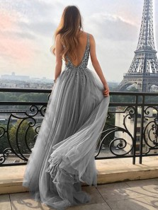 Glamorous V Neck Open Back Grey Tulle Long Prom Dresses with Beading,High Split Evening Party Dresses