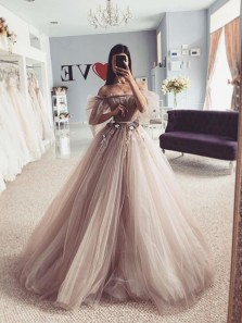 Princess A-Line Off the Shoulder Long Sleeve Tulle Prom Evening Dresses with Handmade Flowers