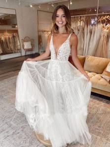 Unique A-Line V Neck White Tulle Lace Boho Wedding Dresses
