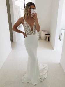 Charming Mermaid V Neck White Lace Wedding Dresses