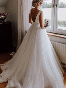 Simple Ball Gown Boat Neck Open Back White Tulle Wedding Dresses with Train