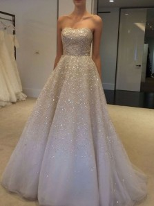 Luxurious A-Line Sweetheart Ivory Tulle Wedding Dresses with Beading