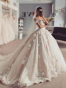 Ball Gown Off the Shoulder Tulle Wedding Dresses with Handmade Appliques,Charming Bridal Gown