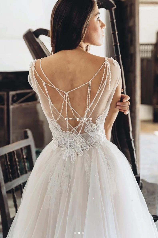 Elegant A-Line Boat Neck Tulle Beaded Lace Spring Boho Wedding Dresses