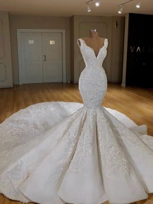 Luxurious Mermaid V Neck Open Back White Lace Wedding Dresses with Train DG1230002