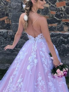 Romantic Ball Gown V Neck Spaghetti Straps Pink Tulle Wedding Dresses with White Appliques