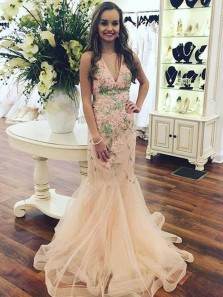 Charming Brush Pink Mermaid V-Neck Long Prom Dress With Appliques
