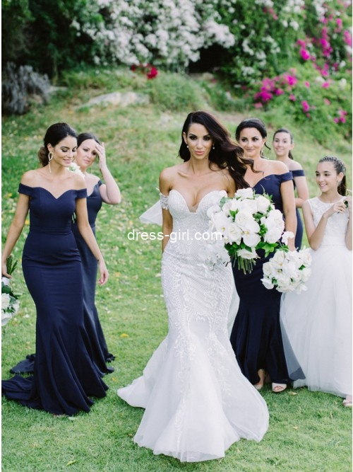 Mermaid Offf the Shoulder Navy Blue Long Bridesmaid Dresses with Train