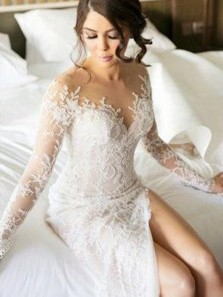 Elegant Mermaid Round Neck Long Sleeve White Lace Wedding Dresses with High Split