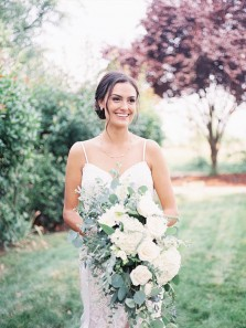 Classy Mermaid Spaghetti Straps Backless White Lace Wedding Dresses
