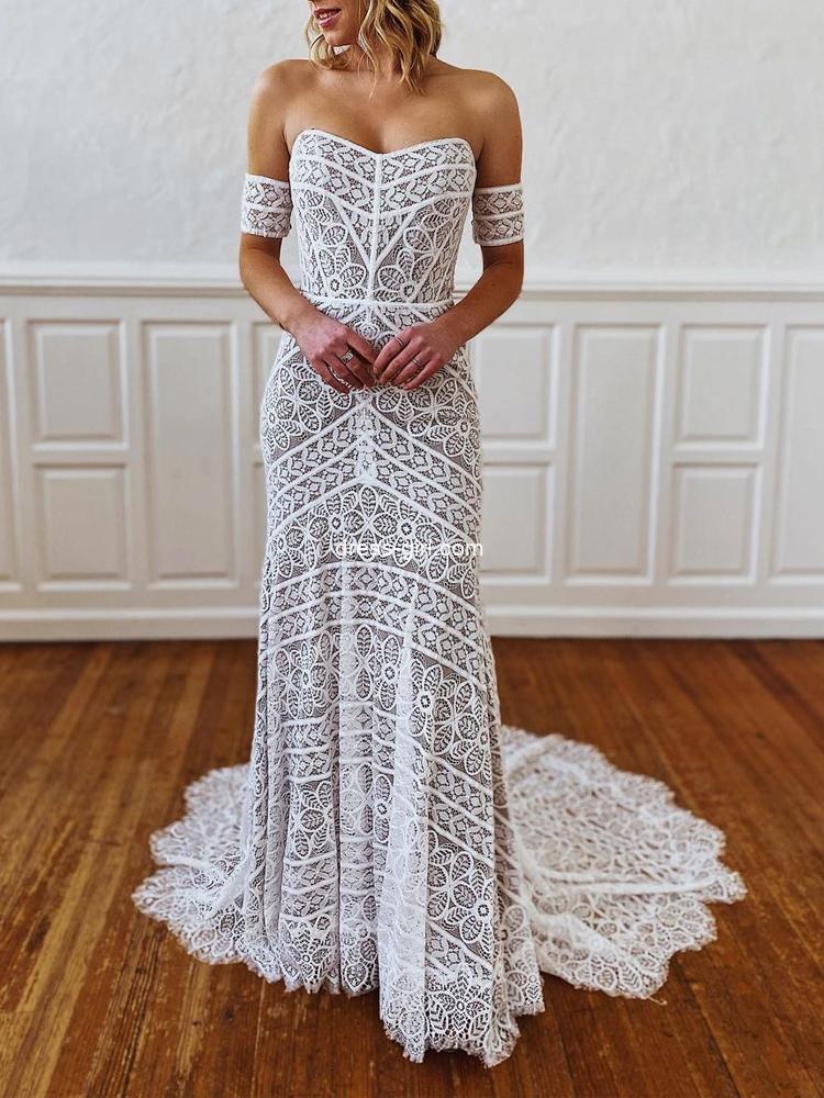 Boho Sheath Sweetheart Floral Lace Beach Wedding Dresses with Train
