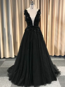 Elegant A-Line V Neck Open Back Black Tulle Long Prom Dresses with Appliques Beaded,Formal Party Gown