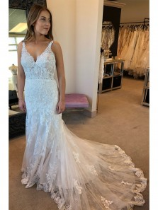 2018 Latest Elegant Mermaid White Lace Long Wedding Dress with Open Back