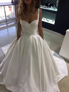 Vintage Ball Gown Sweetheart Straps Open Back White Satin Wedding Dresses with Pockets