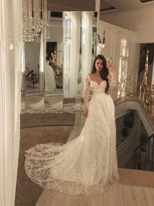 Princess A-Line Sweetheart Long Sleeves White Lace Wedding Dresses with Train