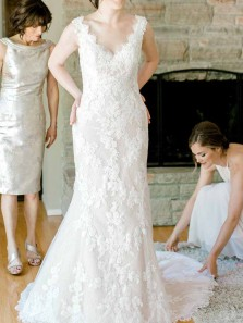 Charming V Neck Open Back White Lace Mermaid Wedding Dresses with Train,Elegant Wedding Gown