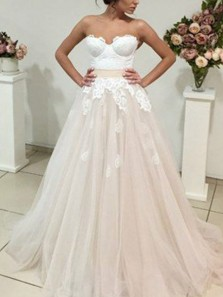Charming A-Line Sweetheart Open Back Ivory Tulle Wedding Dresses with Appliques