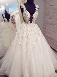 Princess V Neck Open Back White Tulle Wedding Dresses with Appliques,Ball Gown Bridal Gown