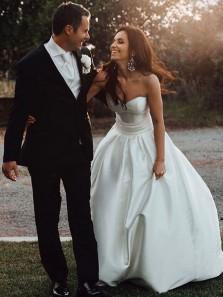 Simple Ball Gown Sweetheart Open Back White Satin Wedding Dresses