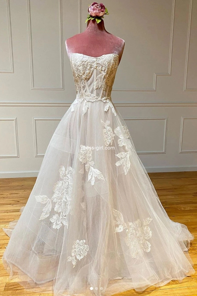 Fairy A-Line Sweetheart Ivory Tulle Lace Boho Beach Wedding Dresses with Train