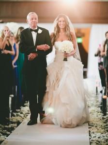 Charming Sheath Sweetheart Ivory Organza Wedding Dresses