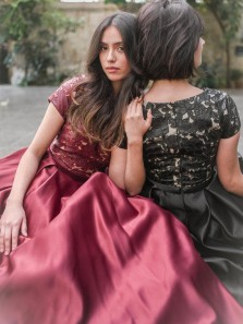 Vintage A-Line Round Neck Short Sleeve Burgundy Black Satin Long Prom Dresses with Lace,Sweet 16 Dance Dresses,Formal Evening Party Dresses