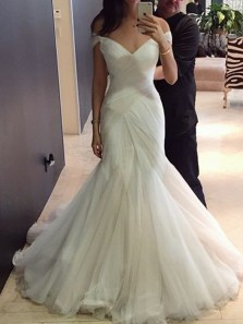 Elegant Mermaid Off the Shoulder Open Back White Tulle Wedding Dresses