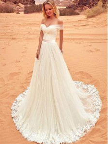 Fantastic Tulle Off-the-shoulder Neckline A-line Wedding Dress Beach Wedding Dress Out-door With Lace Appliques
