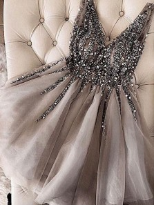 Luxurious A-Line V Neck Open Back Grey Tulle Short Prom Dresses with Beading,Short Homecoming Dresses