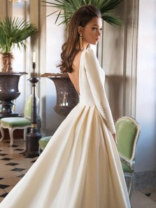 Vintage A-Line Bateau Open Back White Satin Wedding Dresses