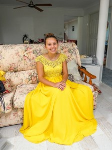Beautiful A-Line Cap Sleeve Yellow Chiffon Long Prom Dress with Appliques,Formal Evening Party Dresses