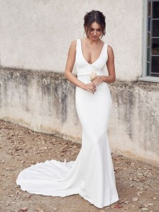 Sexy Mermaid Deep V Neck Backless White Satin Wedding Dresses with Train