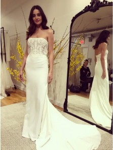 Charming Mermaid Strapless Sweep Train Wedding Dress with Appliques