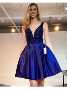 Cute Beaded Short Homecoming Dresses V-Neck Prom Dresses Knee Length Evening Formal Dresses