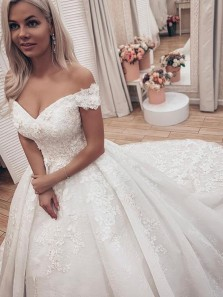Romantic Ball Gown Off the Shoulder Open Back White Lace Wedding Dresses,Bridal Gown